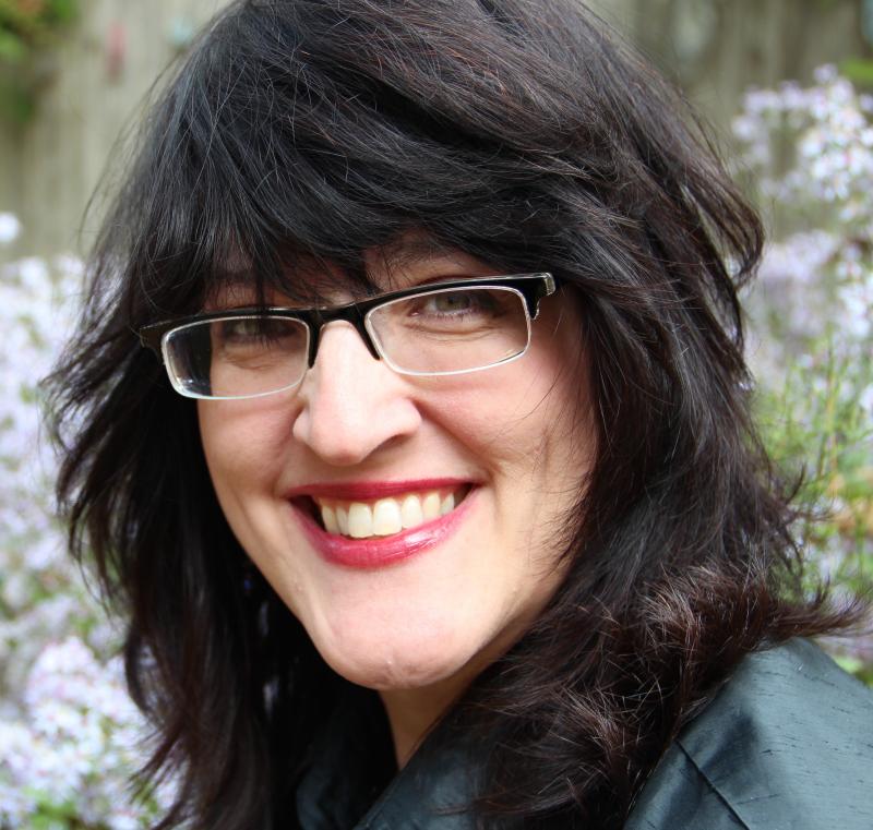 Helen Scanlon, Author and Artist